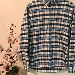 American Eagle Blue Plaid Long Sleeve Button Down